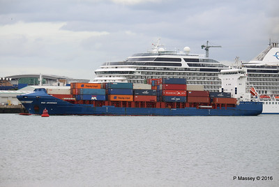 WMS GRONINGEN Passing MARINA Southampton PDM 04-08-2016 18-47-26