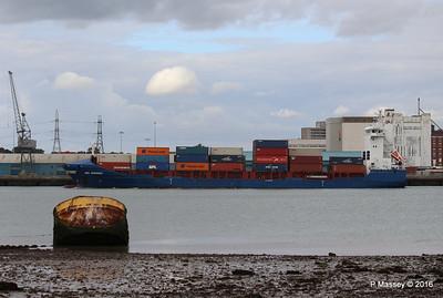 WMS GRONINGEN Arriving Southampton PDM 04-08-2016 18-49-26