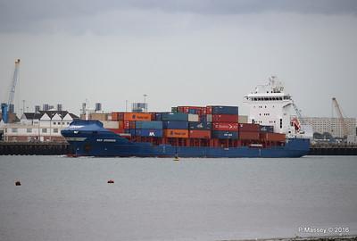 WMS GRONINGEN Arriving Southampton PDM 04-08-2016 18-43-46