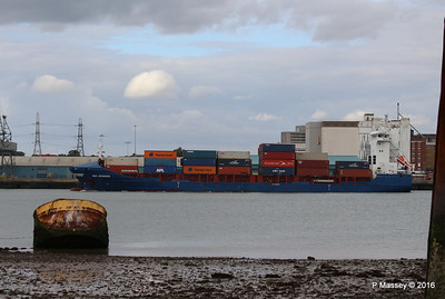 WMS GRONINGEN Arriving Southampton PDM 04-08-2016 18-49-23
