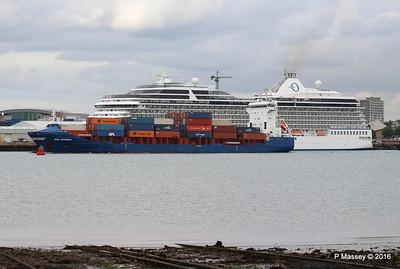 WMS GRONINGEN Passing MARINA Southampton PDM 04-08-2016 18-47-23