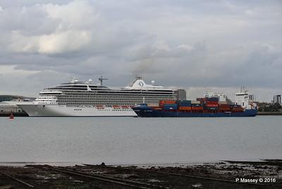 WMS GRONINGEN Passing MARINA Southampton PDM 04-08-2016 18-46-45