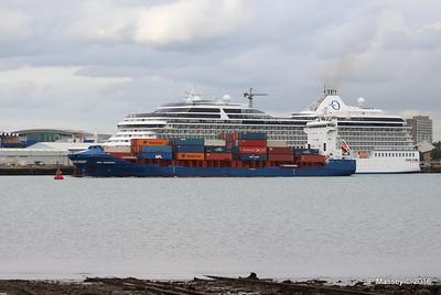 WMS GRONINGEN Passing MARINA Southampton PDM 04-08-2016 18-47-20