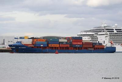 WMS GRONINGEN Arriving Southampton PDM 04-08-2016 18-47-39