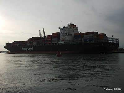 HOUSTON EXPRESS Departing Southampton PDM 19-07-2014 19-27-25