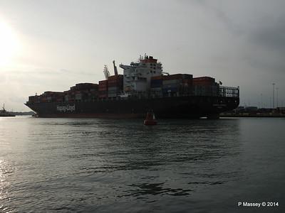 HOUSTON EXPRESS Departing Southampton PDM 19-07-2014 19-27-06