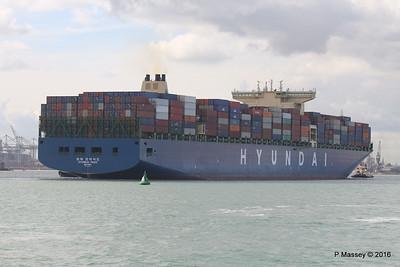 HYUNDAI PRIDE Arriving Southampton PDM 14-04-2016 16-06-10