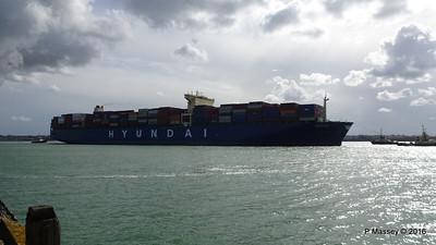 HYUNDAI PRIDE Arriving Southampton PDM 14-04-2016 16-01-15