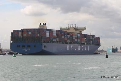 HYUNDAI PRIDE Arriving Southampton PDM 14-04-2016 16-06-34