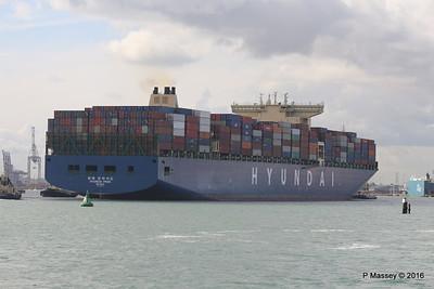 HYUNDAI PRIDE Arriving Southampton PDM 14-04-2016 16-06-28