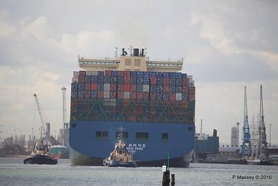 HYUNDAI PRIDE Arriving Southampton PDM 14-04-2016 16-08-36