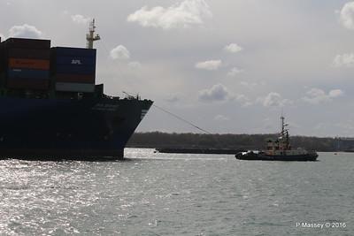 SVITZER SARAH SVITZER BARGATE assisting HYUNDAI PRIDE Southampton PDM 14-04-2016 16-02-17