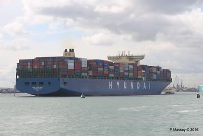 HYUNDAI PRIDE Arriving Southampton PDM 14-04-2016 16-05-59