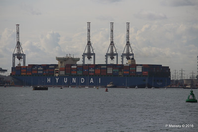 HYUNDAI PRIDE Arriving Southampton Container Terminal PDM 14-04-2016 16-19-26