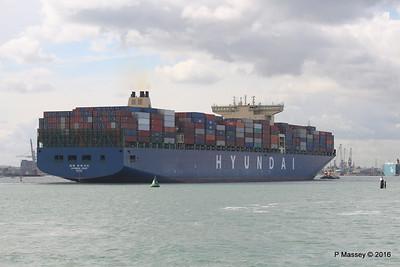 HYUNDAI PRIDE Arriving Southampton PDM 14-04-2016 16-06-02