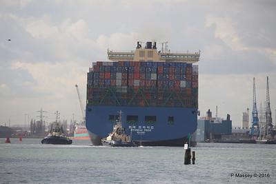 HYUNDAI PRIDE Arriving Southampton PDM 14-04-2016 16-08-21
