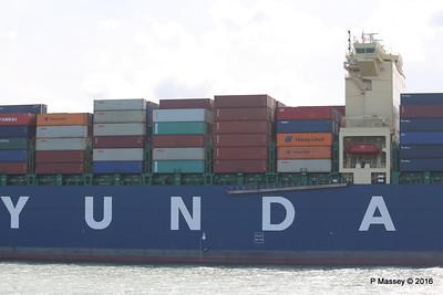 HYUNDAI PRIDE Arriving Southampton PDM 14-04-2016 16-02-24