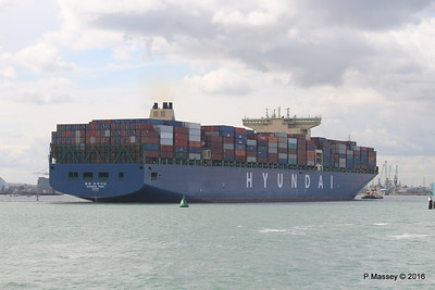 HYUNDAI PRIDE Arriving Southampton PDM 14-04-2016 16-06-01