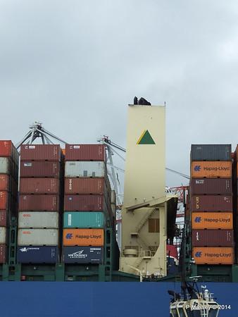 HYUNDAI TOGETHER Departing Southampton PDM 02-06-2014 16-06-26