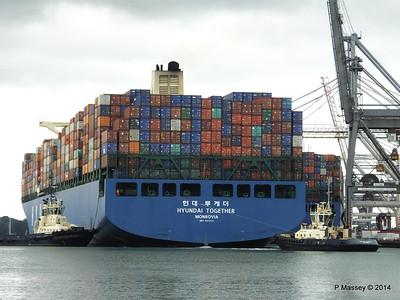 HYUNDAI TOGETHER Departing Southampton PDM 02-06-2014 16-01-26