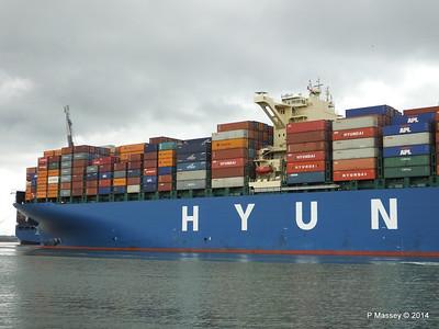 HYUNDAI TOGETHER Departing Southampton PDM 02-06-2014 16-06-57