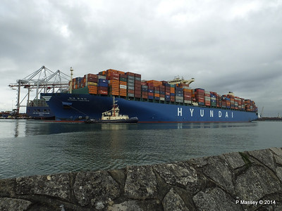 HYUNDAI TOGETHER Departing Southampton PDM 02-06-2014 16-10-43