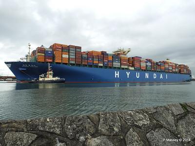 HYUNDAI TOGETHER Departing Southampton PDM 02-06-2014 16-10-07