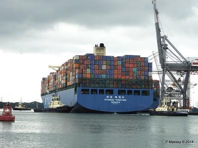 HYUNDAI TOGETHER Departing Southampton PDM 02-06-2014 16-01-36