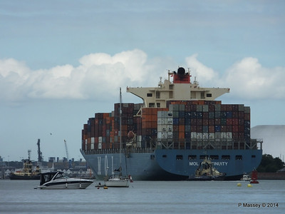 MOL CONTINUITY Departing Southampton PDM 16-07-2014 15-59-48