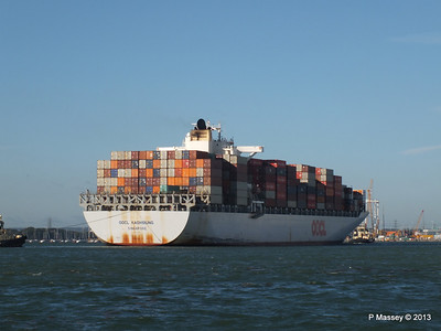 OOCL KAOHSIUNG Arriving Southampton PDM 04-11-2013 12-06-36