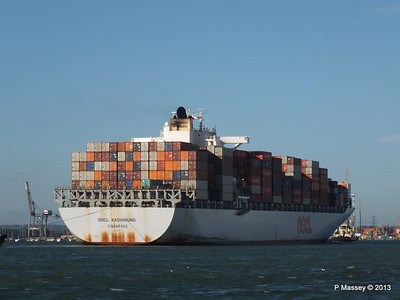 OOCL KAOHSIUNG Arriving Southampton PDM 04-11-2013 12-06-43