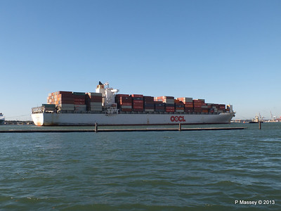 OOCL KAOHSIUNG Arriving Southampton PDM 04-11-2013 12-04-40