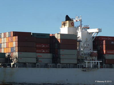 OOCL KAOHSIUNG Arriving Southampton PDM 04-11-2013 12-04-55