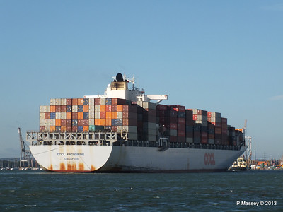 OOCL KAOHSIUNG Arriving Southampton PDM 04-11-2013 12-06-40