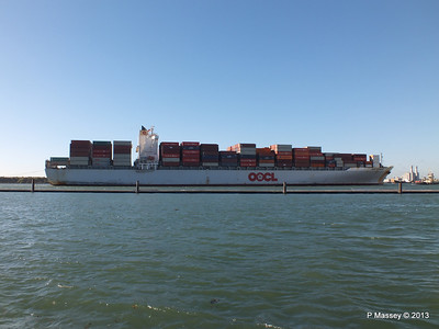 OOCL KAOHSIUNG Arriving Southampton PDM 04-11-2013 12-04-05