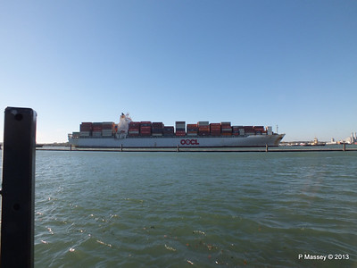 OOCL KAOHSIUNG Arriving Southampton PDM 04-11-2013 12-03-42