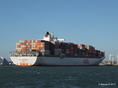 OOCL KAOHSIUNG Arriving Southampton PDM 04-11-2013 12-06-08