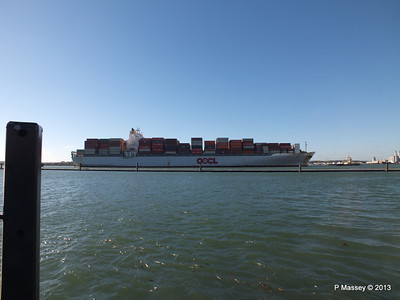 OOCL KAOHSIUNG Arriving Southampton PDM 04-11-2013 12-03-40