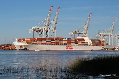 OOCL SOUTHAMPTON Departing Southampton PDM 26-08-2016 19-14-51