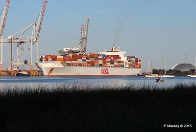 OOCL SOUTHAMPTON Departing Southampton PDM 26-08-2016 19-23-02
