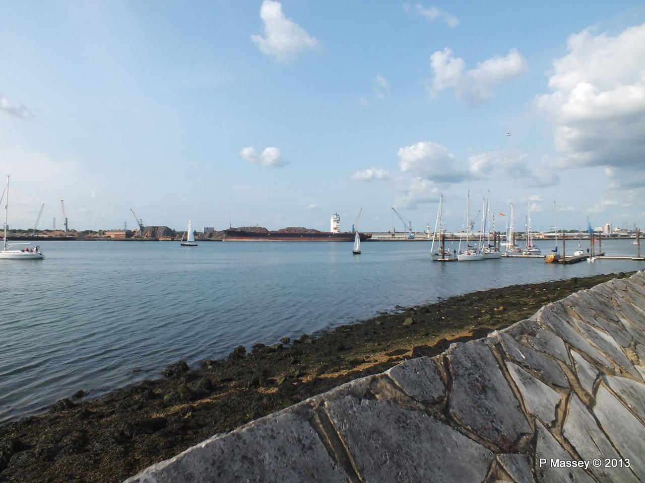 QINGDAO TOWER laid up Southampton PDM 26-06-2013 18-23-24