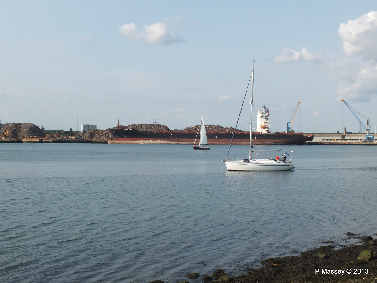 QINGDAO TOWER laid up Southampton PDM 26-06-2013 18-22-15