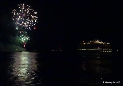 QUEEN ELIZABETH Fireworks Southampton PDM 10-01-2016 18-18-007