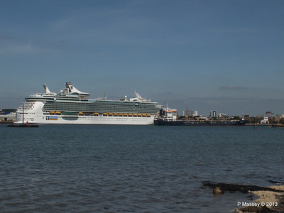 INDEPENDENCE OF THE SEAS LS CHRISTINE PDM 01-06-2013 15-36-09