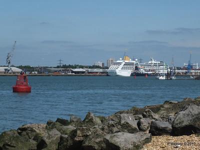 ADONIA berth 106 Southampton PDM 01-06-2013 14-56-58