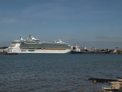 INDEPENDENCE OF THE SEAS LS CHRISTINE PDM 01-06-2013 15-36-12
