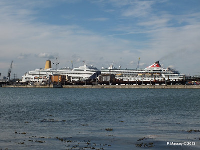 BALMORAL Passing ORIANA over Husbands Jetty PDM 27-05-2013 16-54-05