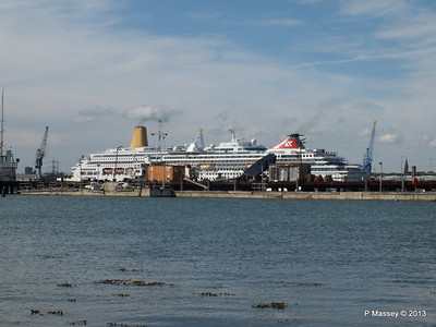 BALMORAL Passing ORIANA over Husbands Jetty PDM 27-05-2013 16-54-44