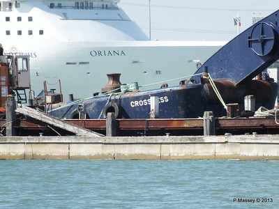 ORIANA over Husbands Jetty PDM 27-05-2013 16-16-38