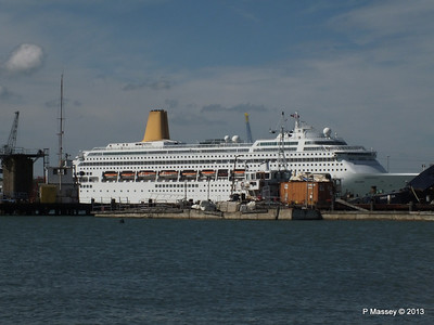 ORIANA over Husbands Jetty PDM 27-05-2013 16-16-31